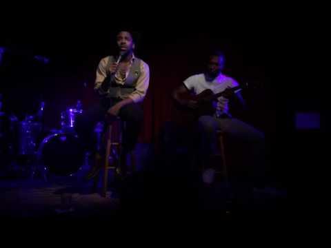 MAJOR. - Live at Hotel Café - Love Medley feat. Brunes Charles