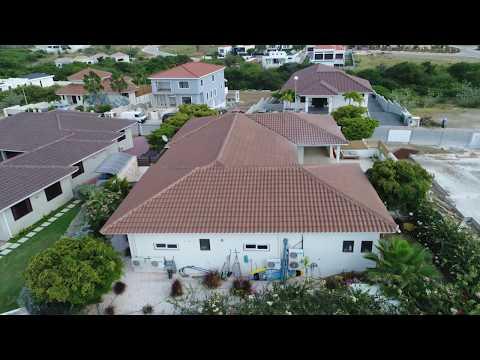 Prachtige Villa op Villapark Zuurzak te Koop