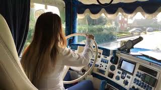 (Trucking Girl) Amazing Woman Drive A Scania R730 V8 Power (Incredible Sound!)