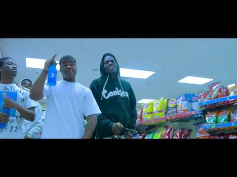 D Holli - Thug In Me ft. YFN Coop (DIR BY @APXVISUAL)