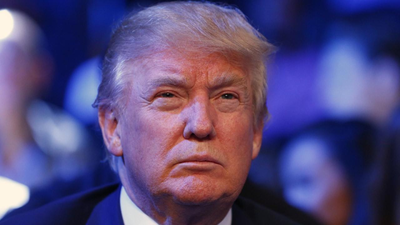 Despite Trump's problems Dow Jones index hits new high Friday