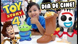 Fuimos a ver Toy Story 4 | Día de Pelicula y Juegos | Family Juega