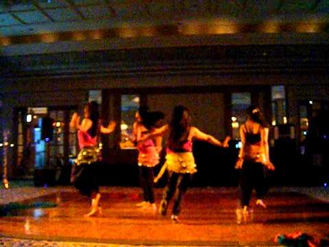 Nisha Dance Center -chammak Chalo And Desi Beat.AVI
