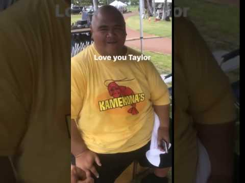 Taylor Willy On Set Of H50  Justin's Instastory