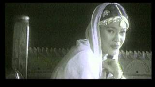 Umie Aida - Salam Taj Mahal (Official Music Video)