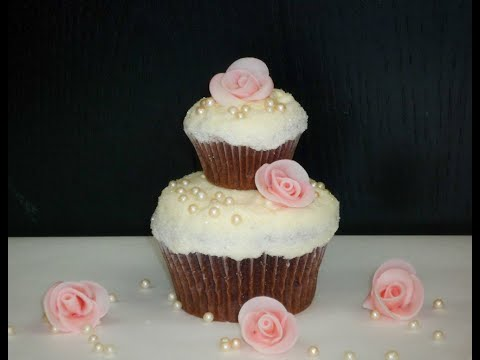 2-stöckige Hochzeits-Cupcakes/ 2-Tier Wedding Cupcakes