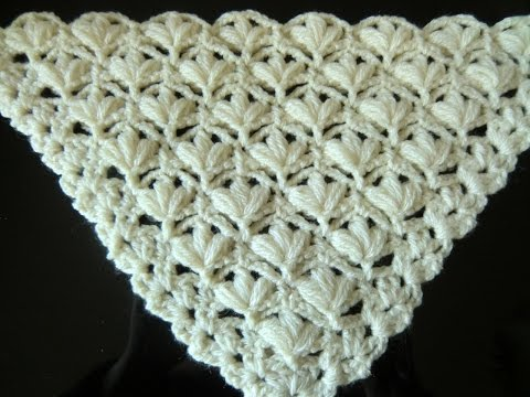 Crochet Pattern '* VERY PRETTY AND EASY FLOWER PATTERN FOR A SHAWL *