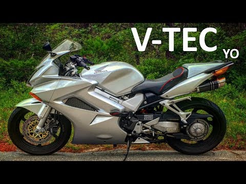 Why I upgraded from a VFR750 to a VFR800