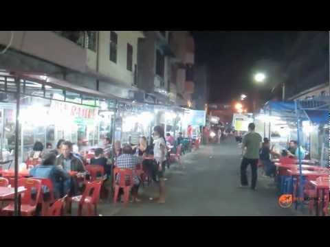 Pujasera Bestari Madras food street in Medan
