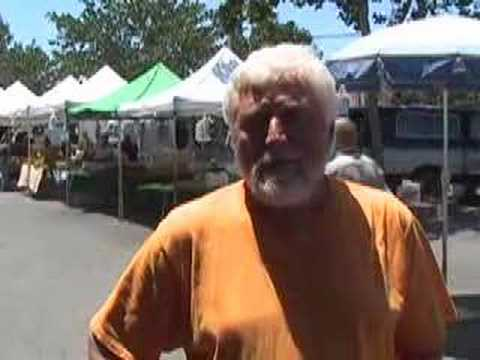 A conversation at the Menlo Park Farmers Market