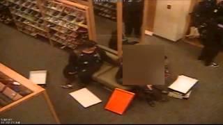 Surveillance Video: Shoe store purse snatcher - New York Post
