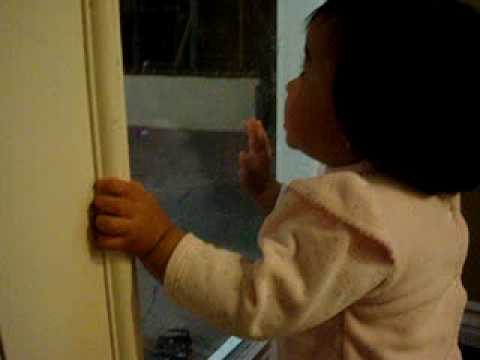 Jackyln calling for her daddy.