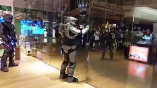 Master Chief Opening The Doors At The Microsoft Store For Master Chief Collection