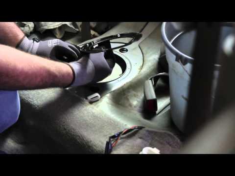 Replacing a Fuel Pump on 2003 Nissan Sentra GXE | Doovi