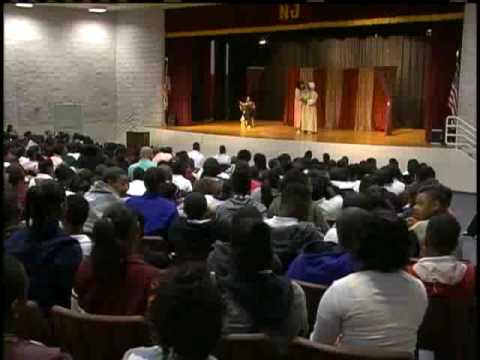 New Stage Theatre Performs At Northwest Middle School
