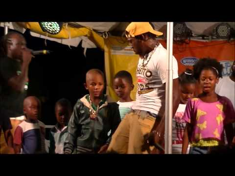PORGIE & kids dancing at OVALTASTIC 2013 (Barbados)