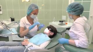 Чистка зубов у девочки - стоматология Ибн Сина(, 2015-06-09T15:52:38.000Z)
