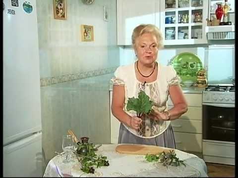 Ревень рецепты: пирог ревеневый крамбл и фул. Фото