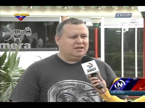 Ministro Iturriza en Marcha de los Claveles: El pueblo está alegre por presencia del Pdte Maduro