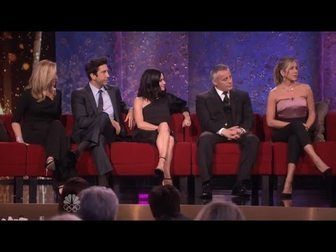 The Cast of 'Friends' Reveals Their Favorite Episodes and If They Ever Slept Together!