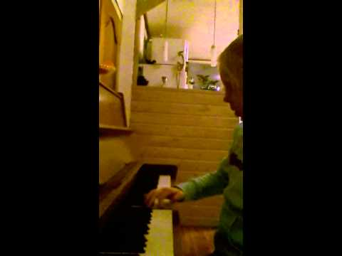 Eliza speelt piano Mp3