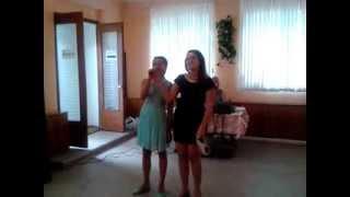 песня маме на день рождения,поют Вероника и Таня Евдокимова,класно поют,сёстры