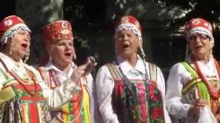 Песню Во кузнице исполняет ансамбль Сударушка 11 июня 2016 г Красноперекопск Крым