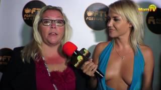 Repeat youtube video Jenny Scordamaglia  - Miami TV - Festiva TV