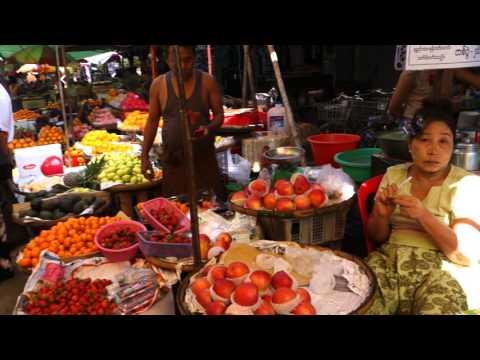 Tour of an Outdoor Market in Yangon, Myanmar