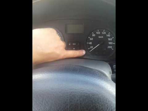 Сколько литров бензина Logan