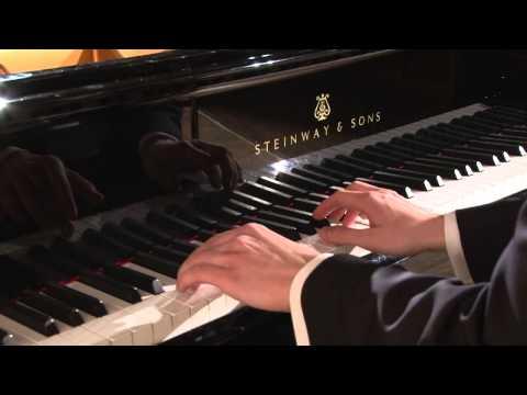 Улыбка, джазовая импровизация, исп. Виталий Коваленко