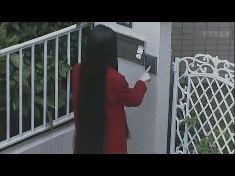 【宇哥】5分钟看完毛骨悚然的真实鬼故事《红衣女子》诡异的长发女子狂按邻居门铃,女孩找她理论当场被吓晕(打码版)