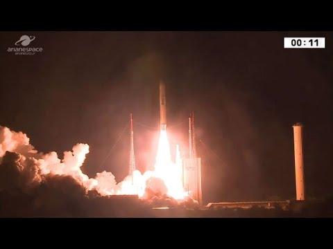 Foguete Ariane 5 realiza seu 100º lançamento