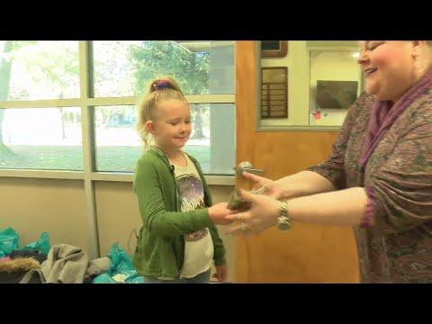 Kevin & Liz - Feel Good Files - Springfield girl helps her classmates