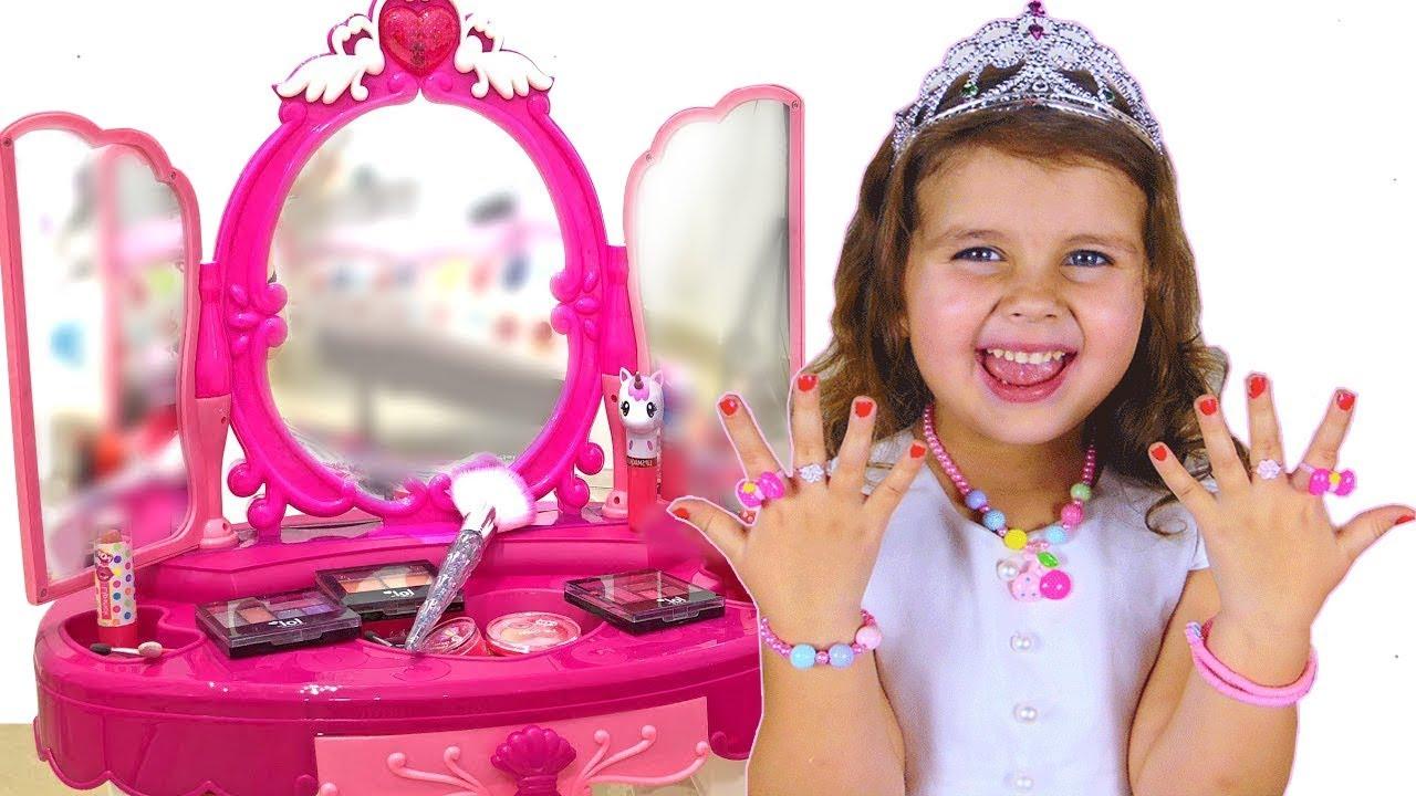 Милана хочет быть как Принцесса