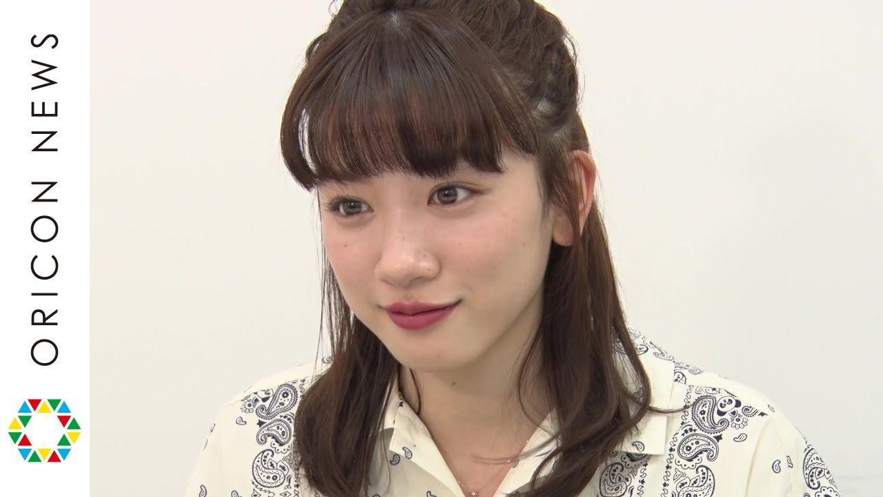 永野 芽郁 永野芽郁、『UQモバイル』三姉妹CM撮影の裏側を語る!「こっそりお姉ちゃんのSNSをチェックしてます(笑)」