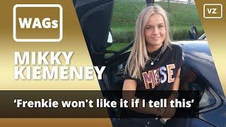 Mikky Kiemeney, de vriendin van Frenkie de Jong van Ajax, wordt in ...