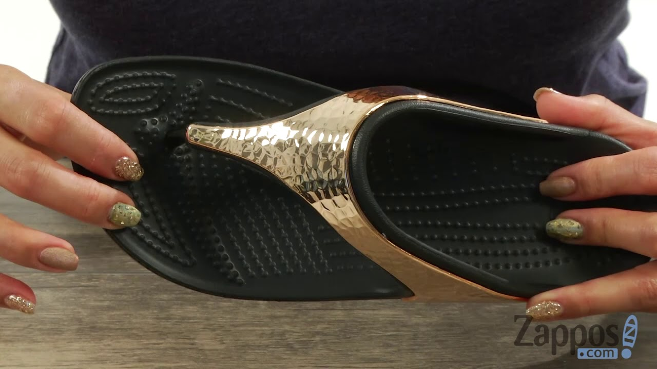 f8196d4cfd2 Crocs Sloane Hammered Metallic Flip SKU  8990924 - YouTube