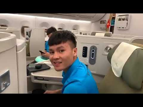 Trực tiếp: Đội tuyển Việt Nam rời Malaysia trở về Nội Bài (AFF Cup 2018)