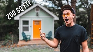 Gambar cover MINIMALIST LIVING 200 SQ FT TINY HOUSE! | FULL AIRBNB TOUR!