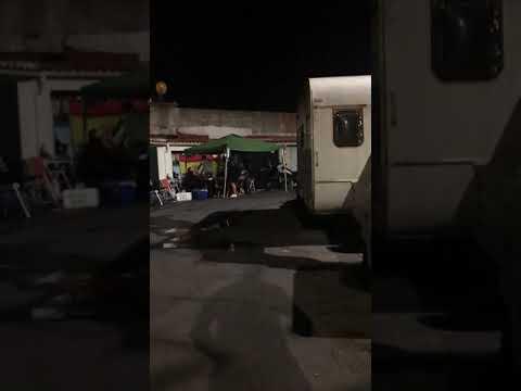 Fiesta ilegal en un garaje pese a las denuncias de los vecinos... Y no son chavales