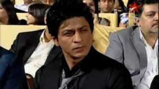 shahrukh khan and saif ali khan filmfare awards 2013