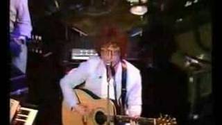 Paul Brady performing Busted Loose live on Irish TV 1981