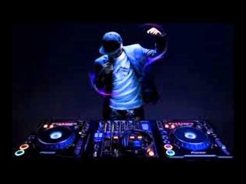 house music DJ Snackwells