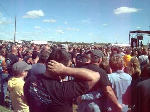 Crowd 2 At Conesville Iowa Sept 2010 Youtube