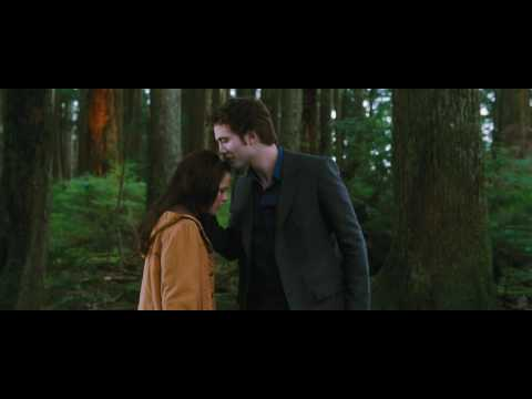 Twilight Iii A Bad Lip Reading Of The Twilight Saga Eclipse Youtube