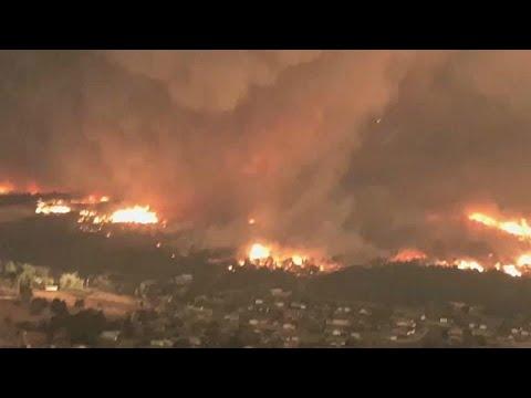 بالفيديو : إعصار ينشأ وسط حريق ضخم في كاليفورنيا  - نشر قبل 2 ساعة