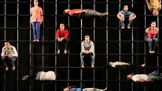 AZIMUT - Aurélien Bory avec le Groupe acrobatique de Tanger
