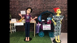 The Yard Sale-  A Monster High/Ever After High Stop Motion