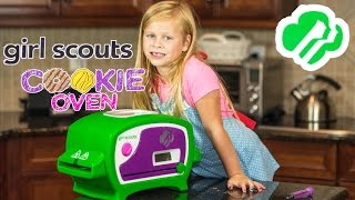 GIRL SCOUT COOKIE OVEN The Assistant Makes Girl Scout Cookies Video Toy Cooking Review